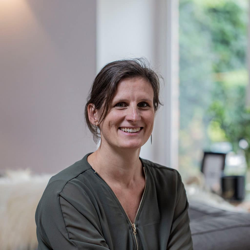 Portret osteopaat Jenny Van de Voorde